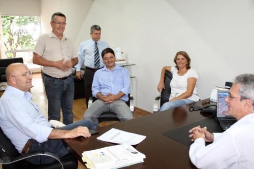 Secretário Romanelli visita Andirá
